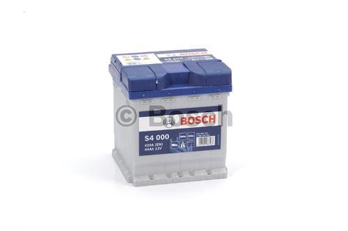 BOSCH S4 (S40 001) 44 А/ч 420 А
